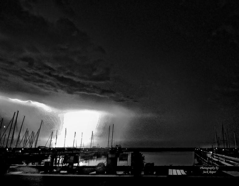 SS Lightning 2013  Best BW .jpg