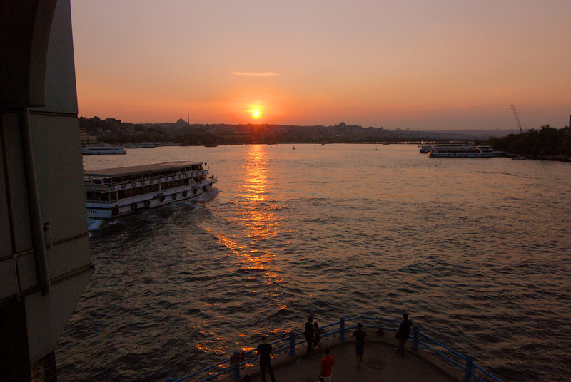 Sunset on the Golden Horn (13) ed.jpg