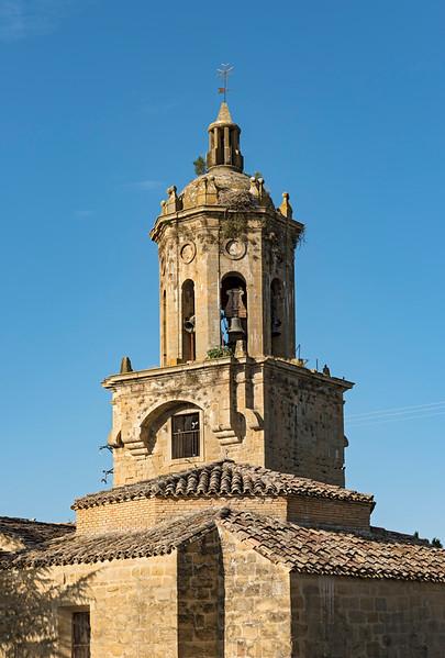 El Crucifijo Church, Puente La Reina