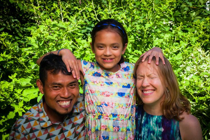 Sonja and Family-21.jpg