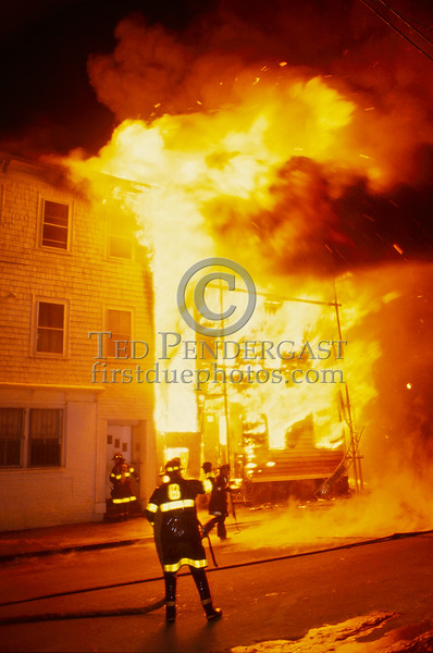 Feb 20, 1987 - Boston, MA - 6 Alarms - West 6th St and D St, South Boston