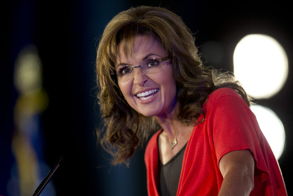 ". 10. (tie) SARAH PALIN <p>Admits she was caught speeding while listening to Sammy Hagar, whose career may never recover from the resulting publicity. (unranked) </p><p><b><a href=""http://www.huffingtonpost.com/2014/07/22/sarah-palin-speeding-ticket_n_5611883.html\"" target=\""_blank\""> LINK </a></b> </p><p>    (AP Photo/Carolyn Kaster)</p>"