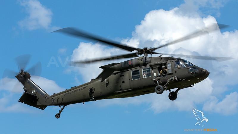 10-20281_USArmy-3-1stAVN_UH-60M_MG_9581.jpg