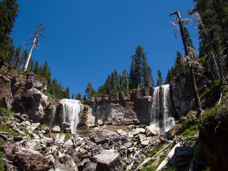 lower view of Paulina Falls
