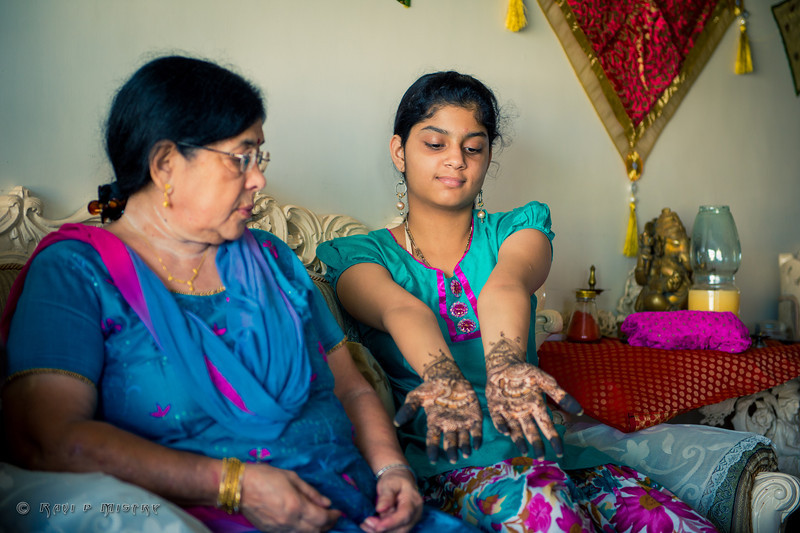 Jay Pooja Mehandi-49.jpg