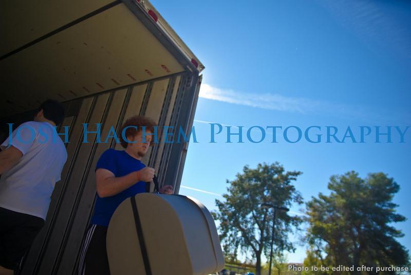 12.29.2008 Unloading the Truck (27).jpg