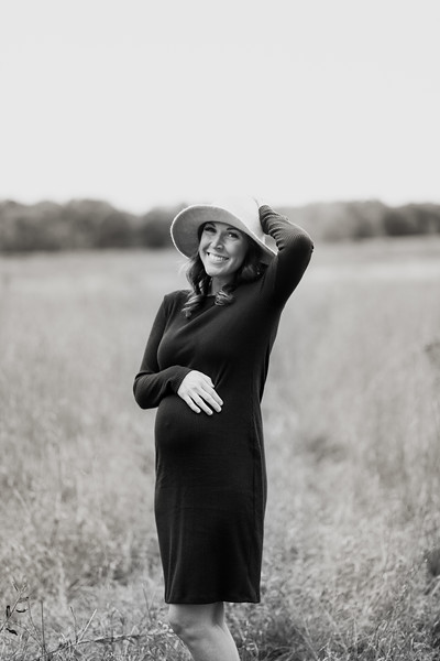 Moody Maternity-13.jpg