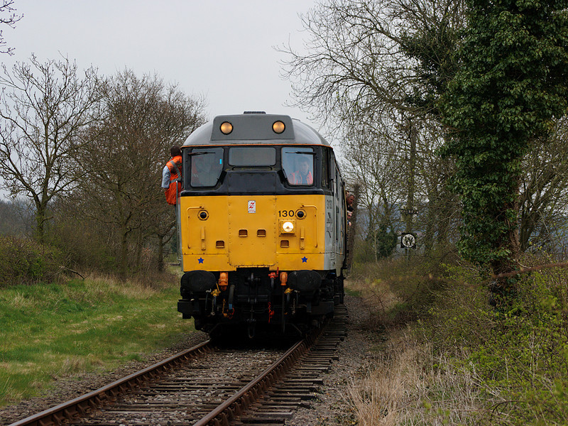 31130 draws it's train slowly through a speed check near Shackerstone on the 19th April 2008