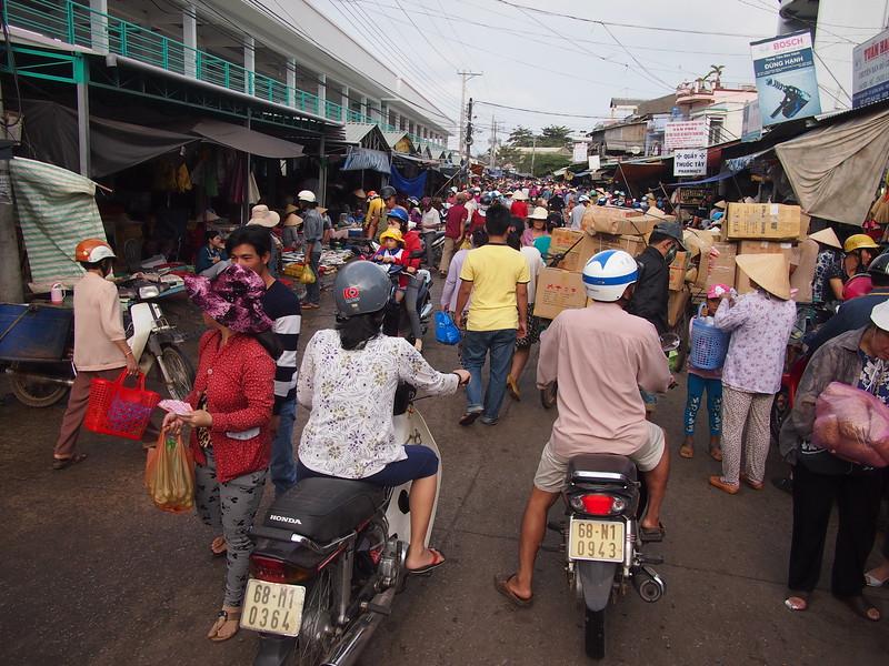 P1317247-busy-market.JPG