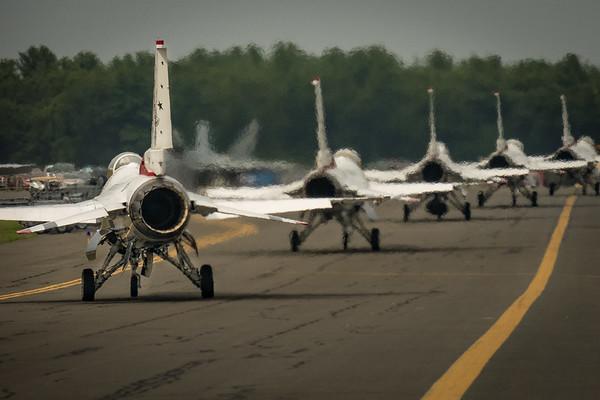 Thunderbirds Taxiing