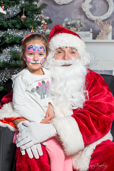 StaceyTompkinsPhotography-Santa2018 (38 of 79).jpg
