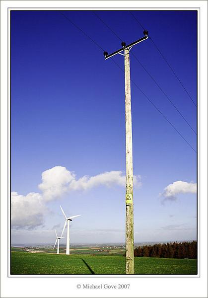 Transmitting the power (73109544).jpg
