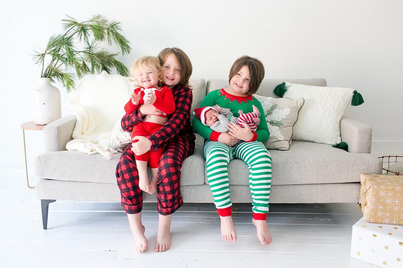 2017Dec3-Christmas-Hotka-JanaMarie-0008.jpg