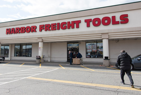 02/27/20 Wesley Bunnell | StaffrrHarbor Freight Tools is set to open a location in Bristol. Their Berlin location is shown on Thursday Feb, 27, 2020.