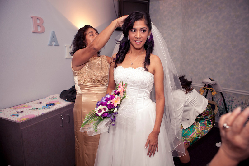 2011-11-11-Servante-Wedding-48.JPG