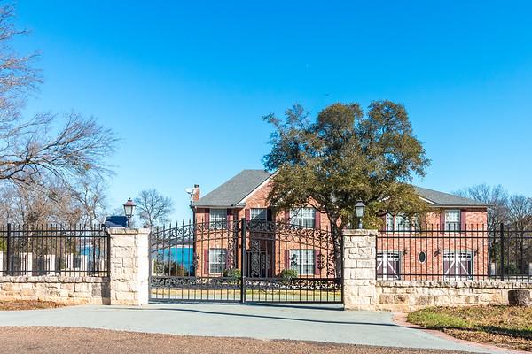 Belton Lake House