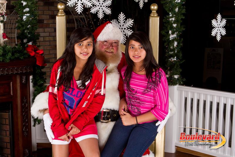 Santa Dec 8-264.jpg