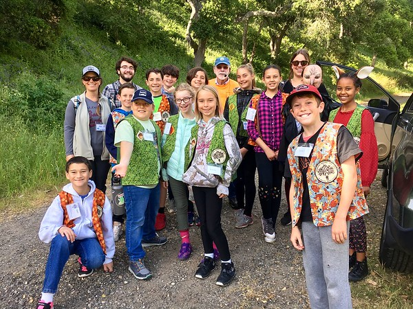 """Ocean View School OAs """"Animals and Oaks through Time"""" hike with Ms. Wooten's 3rd grade"""
