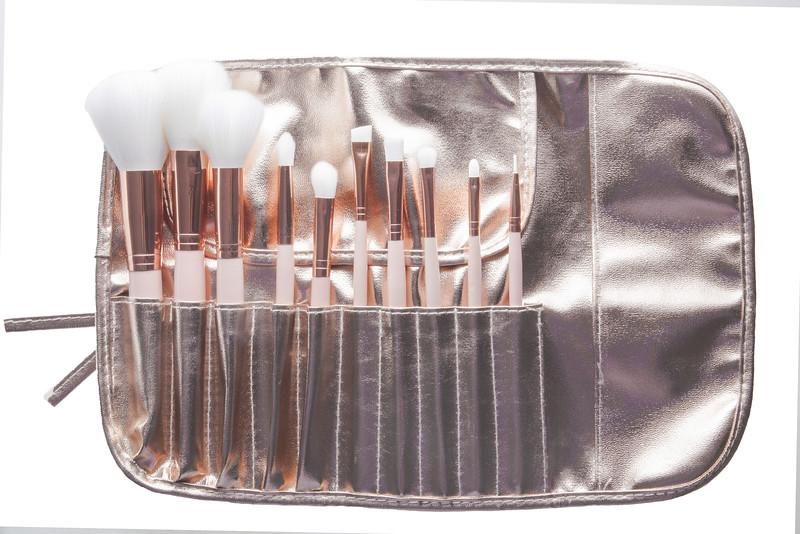 Brushes-4691.jpg