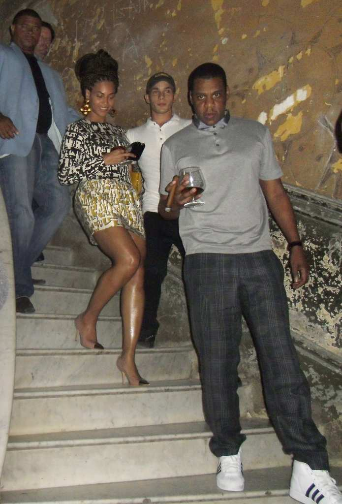 . Beyonce and Jay-Z descend the stairs at La Guarida restaurant for the Havana happy hour. (Associated Press: La Guarida)