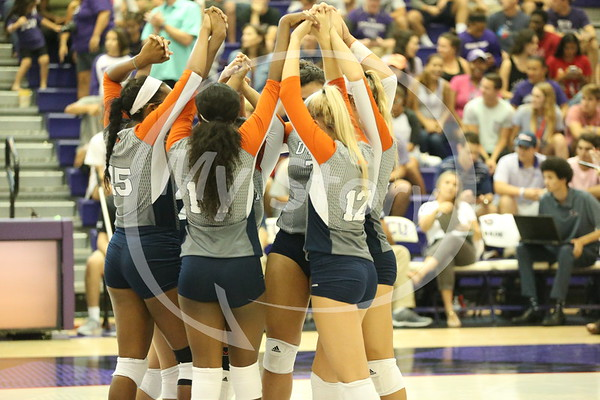 UTSA Volleyball vs TCU in Fort Worth