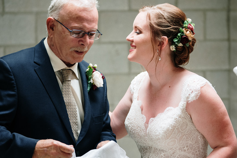 rustic_ohio__fall_barn_wedding-170.jpg
