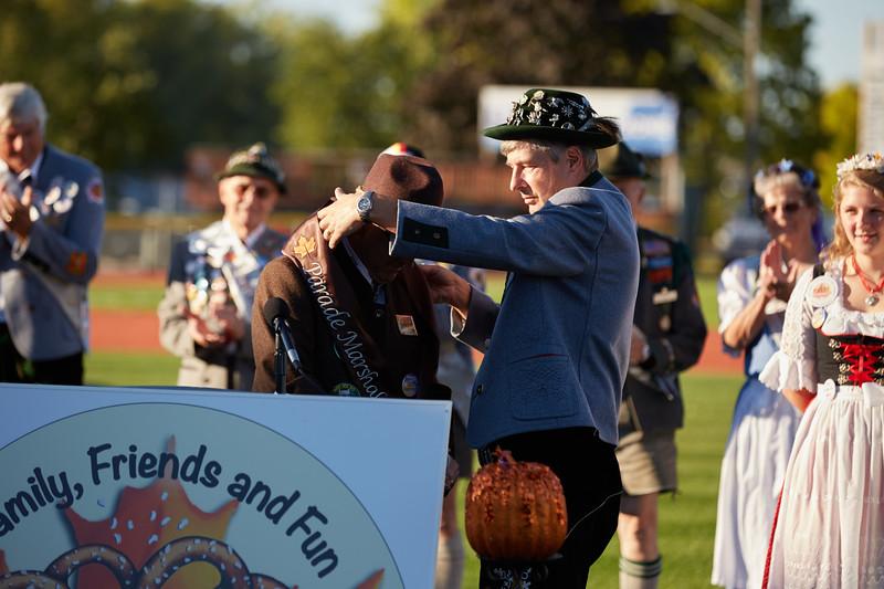 2016_UWL_Brad_Quarberg_Louie_Ferris_Oktoberfest_Parade_Marshal_008.jpg