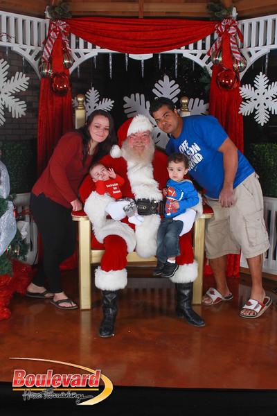 Santa 12-17-16-533.jpg