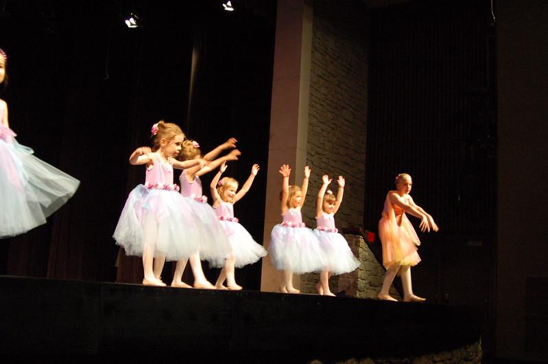 DanceRecitalDSC_0136.JPG