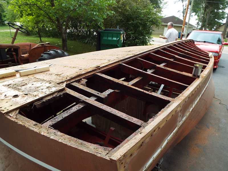 Rear view of the old port side bottom removed.