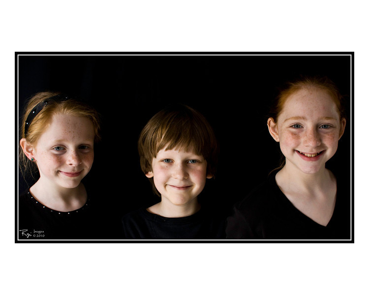 Freinds_Family_8x10_009.jpg