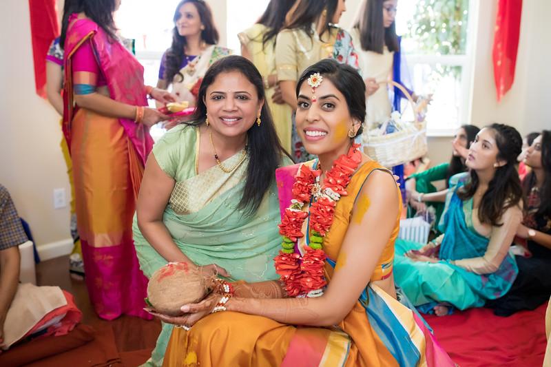 Hina_Pithi_Pooja-189.jpg