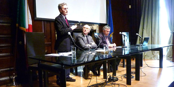 May 13 2013 ITALIAN INSTITUTE Sergio Fabbio on February Elections Mess