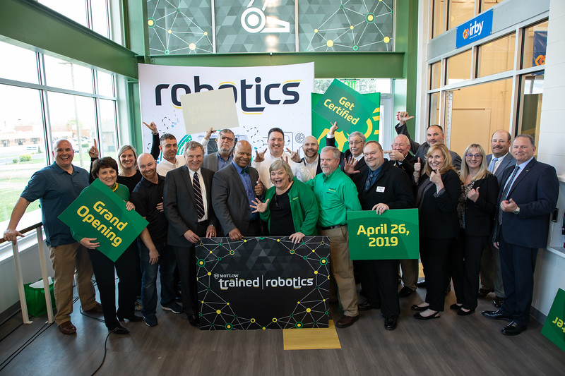 Robotics Grand Opening-9196.jpg