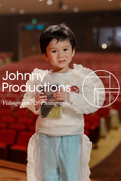 0007_day 1_award_red show 2019_johnnyproductions.jpg