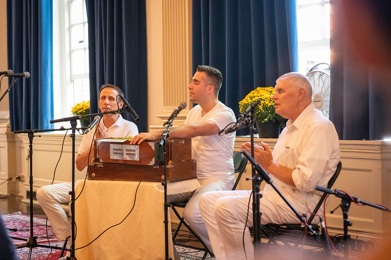 20190929_Lets Meditate Philly_31.jpg