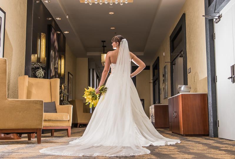 doubletree wedding photography album-42.jpg