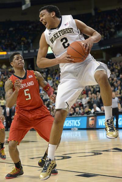 Devin Thomas rebound.jpg