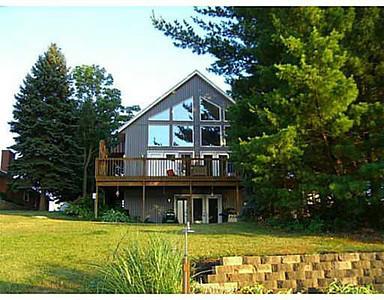 2013-09-25 Shawnee Lake House - Realtor Photos