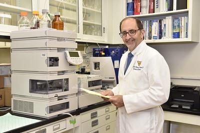 32736 Dr. William Petros Cancer Institute Lab Oct 2016