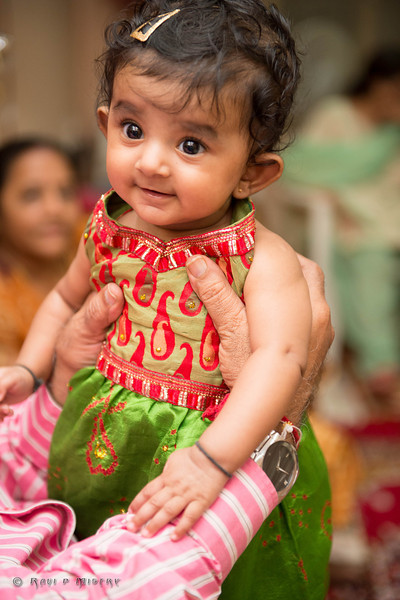 Jay Pooja Mehandi-524.jpg