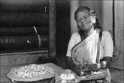 garlic-lady.jpg