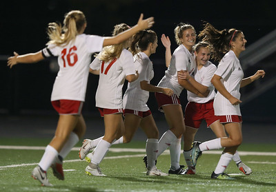 Wadsworth girls beat Highland in rivalry game