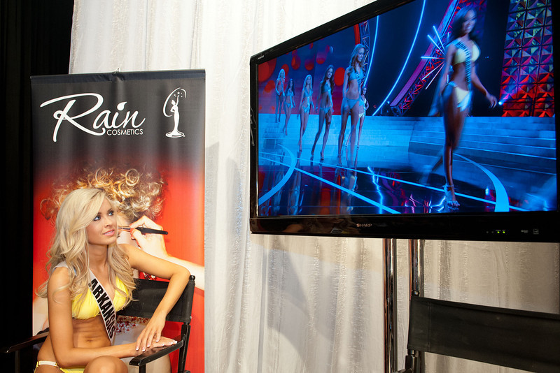 . This photo provided by the Miss Universe Organization,  Miss Arkansas USA 2013, Hannah Billingsley watches the backstage monitor during the 2013 Miss USA Competition Preliminary Show  in Las Vegas  on Wednesday June 12, 2013.  She will compete for the title of Miss USA 2013 and the coveted Miss USA Diamond Nexus Crown on June 16, 2013.  (AP Photo/Miss Universe Organization, Valerie Macon)