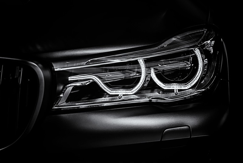 7V12Headlight_BW.jpg