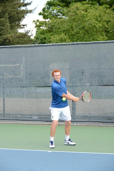 menlo-tennis-2013-boys 13.jpg