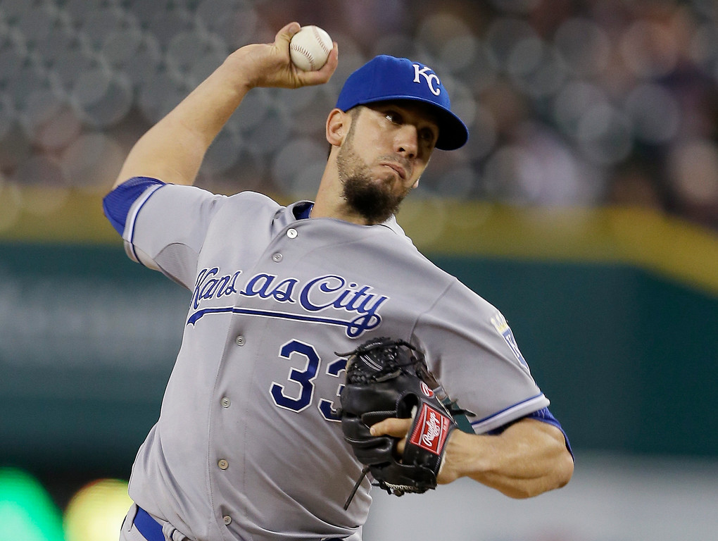 . Kansas City Royals starting pitcher James Shields throws during the first inning of a baseball game against the Detroit Tigers in Detroit, Wednesday, Sept. 10, 2014. (AP Photo/Carlos Osorio)