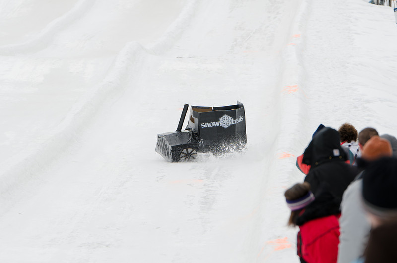 Carnival-Sunday-2014_Snow-Trails_0319.jpg
