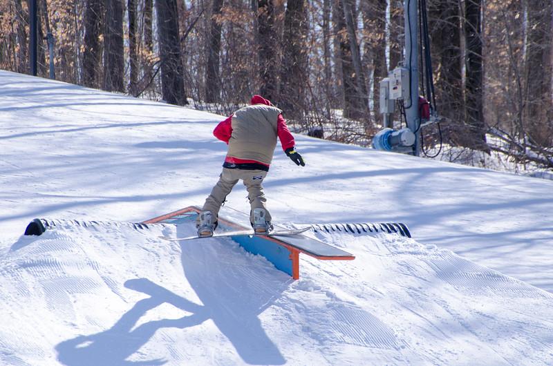 Snow-Trails-Rail-Jam-8082.jpg