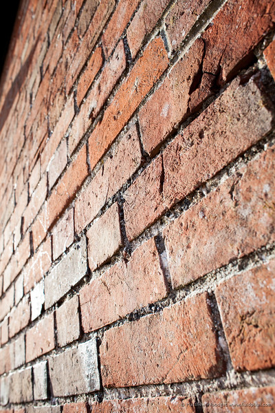Woodget-120329-024--brick - building materials.jpg